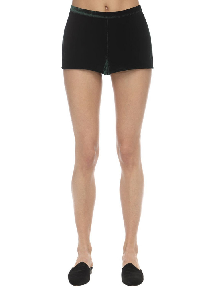 SLEEPING WITH JACQUES Velvet Shorts in green