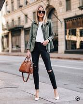 jeans,black skinny jeans,ripped jeans,cropped jeans,high waisted jeans,pumps,white shoes,brown bag,army green jacket,white t-shirt
