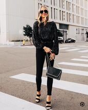 top,sequin top,black skinny jeans,black sandals,black bag