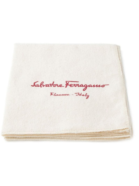 Salvatore Ferragamo shoe polished wipes in neutrals