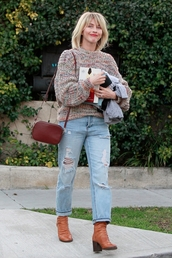 sweater,julianne hough,celebrity,casual,fall outfits,streetstyle,jeans