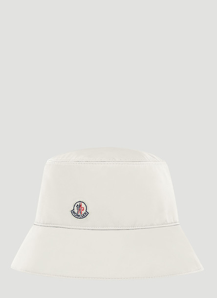 Moncler Logo-Appliqué Bucket Hat in White size M