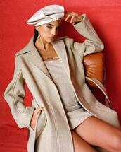 hat,dress,jewels