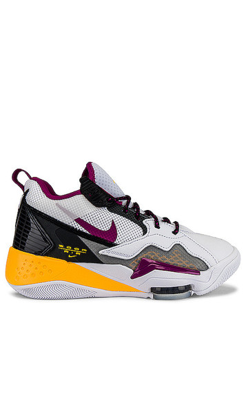 Jordan Zoom '92 Sneaker in White,Black,Yellow