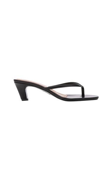 Flattered Erin Sandals in black