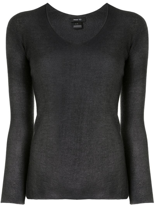Avant Toi v-neck knitted top in grey