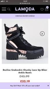 shoes,boots,biker boots,black,beige