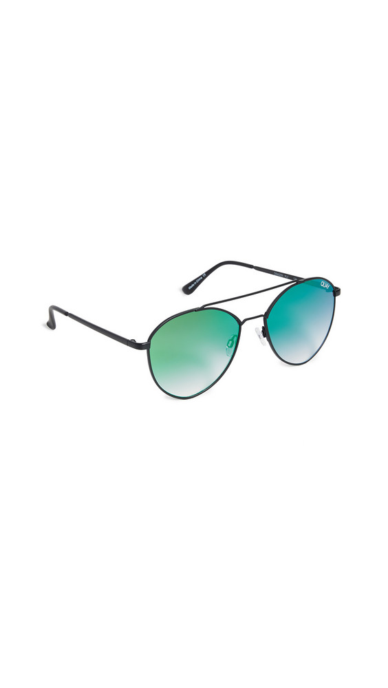 Quay Dragonfly Sunglasses in black / pink