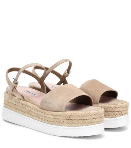 Miu Miu Suede platform sandals in beige / beige