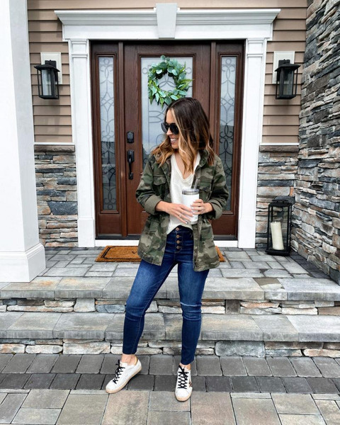 mrscasual blogger tank top jacket jeans shoes
