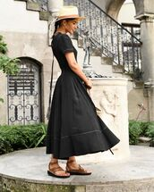 dress,black dress,maxi dress,flat sandals,hat