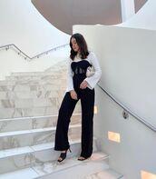 top,black top,corset,black pants,straight pants,black sandals,white top,bag