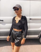 shorts,black shorts,leather shorts,High waisted shorts,pretty little thing,black top,crop tops,cap,shoulder bag