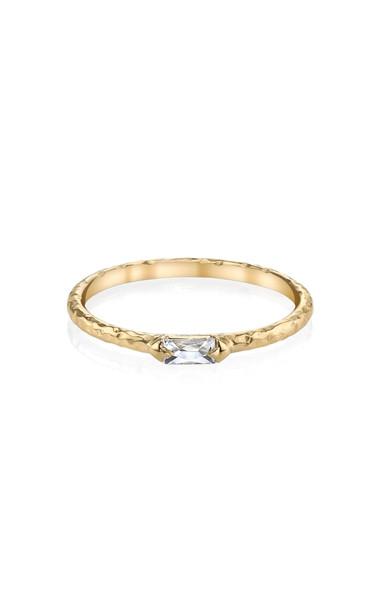 ARK Paris 18K Gold Diamond Ring Size: 3.5
