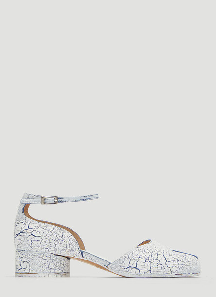 Maison Margiela Cracked Tabi Sandals in White size EU - 37.5