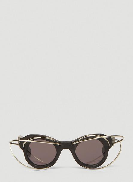Kuboraum Wire Frame Round Sunglasses in Black size One Size