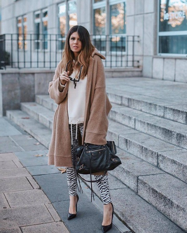 pants skinny pants zebra pumps black bag shoulder bag camel coat hoodie