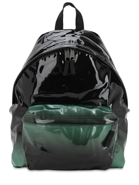 EASTPAK 24l Padded Pak'r Glossy Backpack in green