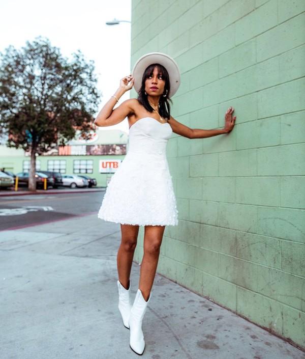 shoes white boots white skirt corset hat mini skirt skirt dress white dress mini dress