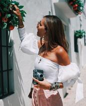 top,b a r t a b a c,blogger,pants,shoes,sunglasses,jewels