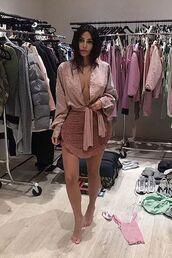 skirt,dusty pink,kim kardashian,kardashians,celebrity,mini skirt,shirt,top