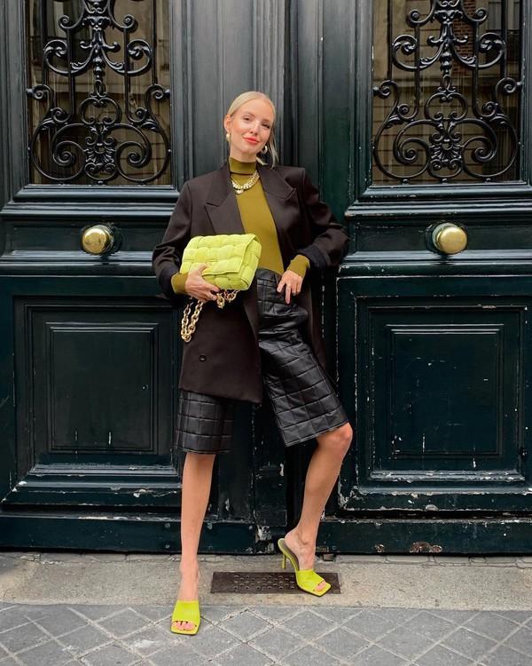 shorts black shorts leather sandals blazer turtleneck bag