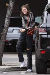 sweater,stripes,striped sweater,kaia gerber,model off-duty,casual