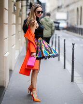 skirt,mini skirt,pleated skirt,slingbacks,trench coat,turtleneck,black turtleneck top,pink top
