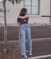 top,crop tops,navy,high waisted jeans,straight jeans,black sneakers,converse