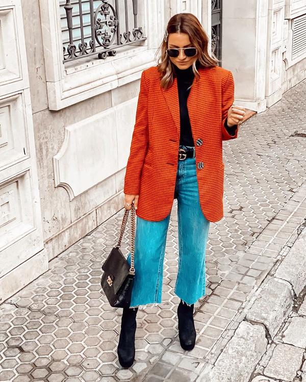jeans cropped jeans black boots blazer black bag black turtleneck top