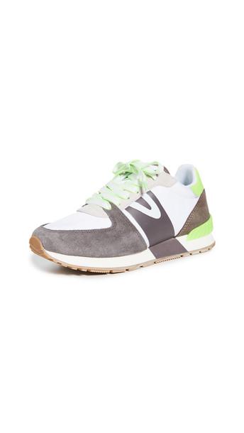 Tretorn Loyola 2 Sneakers in stone / white