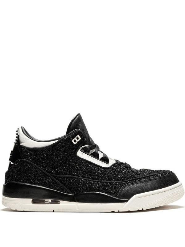 Air Jordan 3 Retro sneakers in black