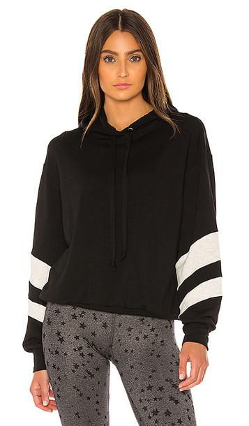STRUT-THIS Josie Sweatshirt in Black
