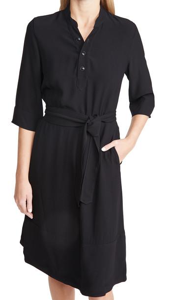 A.P.C. A.P.C. Oleson Dress in noir