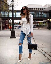 top,white top,shoulder bag,black bag,chanel bag,ripped jeans,pumps,one shoulder