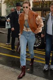 jacket,gigi hadid,model off-duty,fall outfits,jeans,denim,fashion week,celebrity