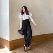 top,white top,crop tops,lace top,black pants,black sandals,black bag