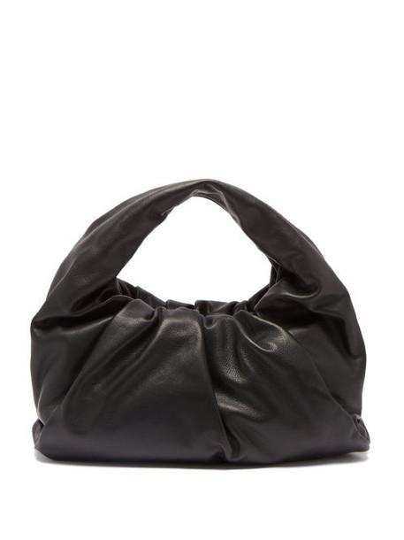 Bottega Veneta - The Shoulder Pouch Small Leather Bag - Womens - Black