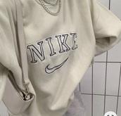 shirt,beige,nike,crewneck,vintage,cream