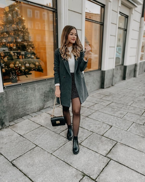 skirt mini skirt black boots ankle boots tights black bag coat white turtleneck top