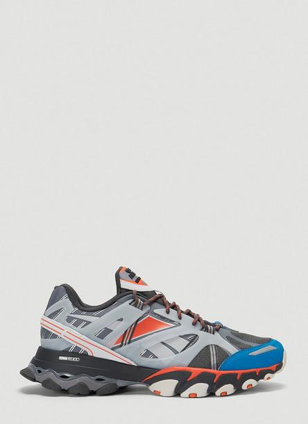 Reebok DMX Trail Shadow Sneakers in Grey size US - 10