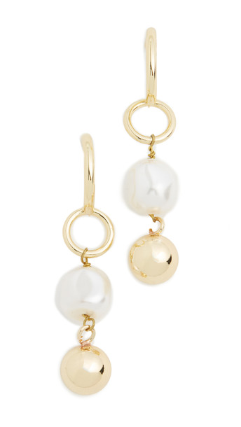 Shashi Finesse Earrings in gold