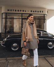 coat,grey coat,plaid,suede boots,scarf,bag,straight jeans