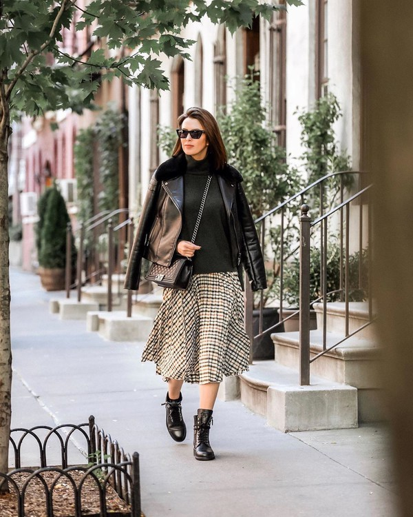 skirt plaid skirt black leather jacket black sweater turtleneck black bag