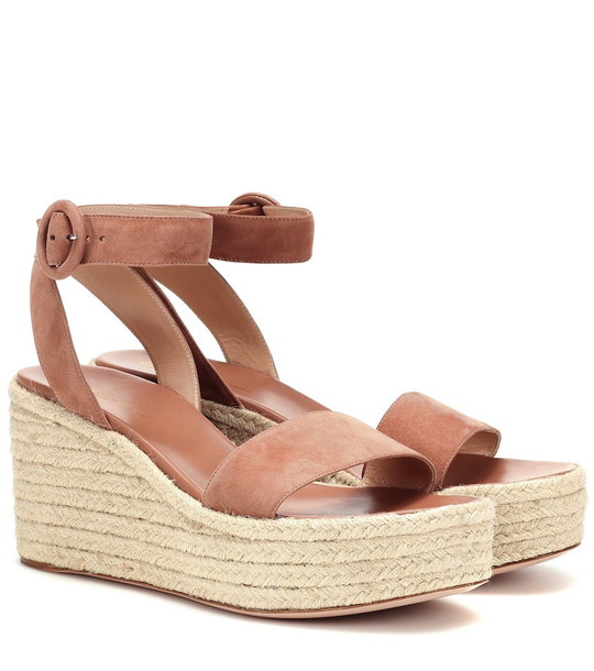 Gianvito Rossi Exclusive to Mytheresa – 45 suede espadrille wedges in beige