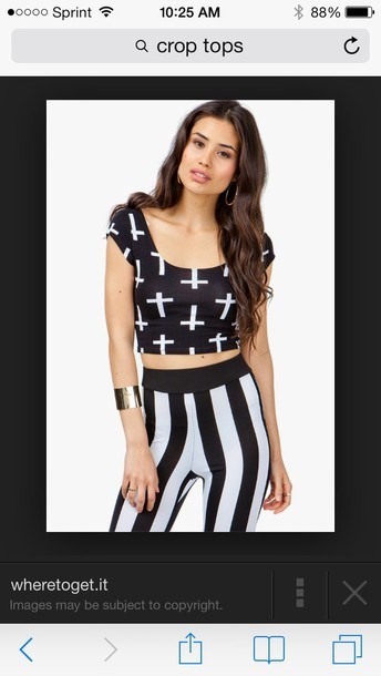 shirt black cross crop tops