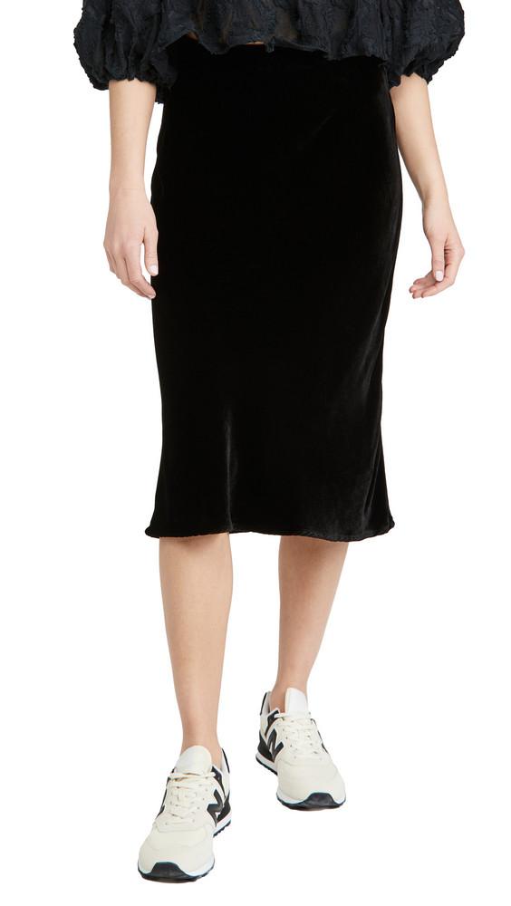Velvet Taelyn Skirt in black
