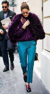sweater,blue,pants,ruffle,olivia palermo,streetstyle,streetwear