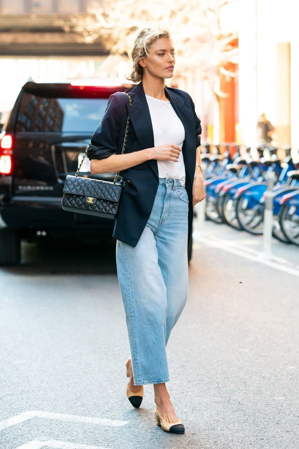jeans spring outfits wide-leg pants denim martha hunt model off-duty streetstyle blazer