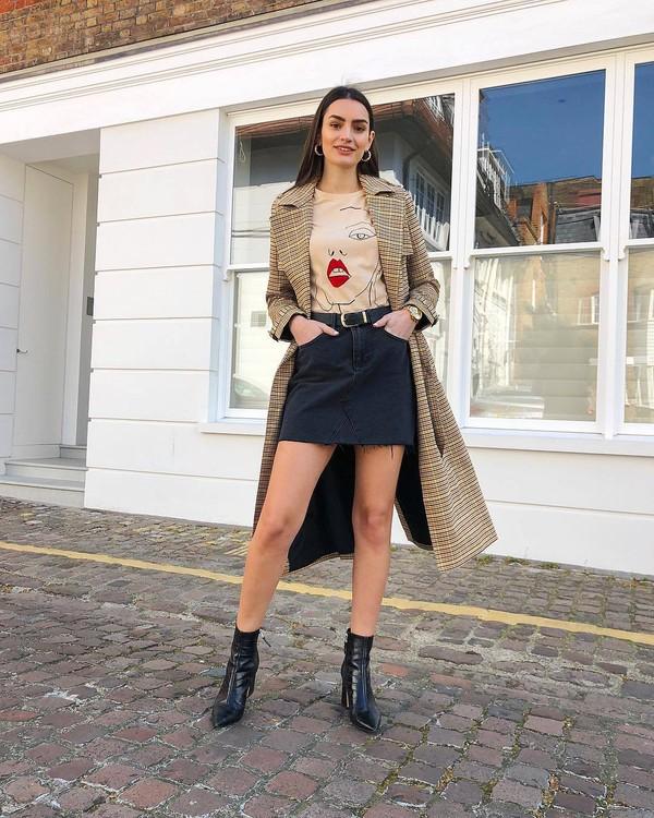 coat trench coat plaid long coat black boots ankle boots mini skirt black skirt denim skirt top